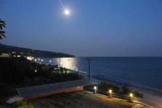location rosa studios in lourdata beach