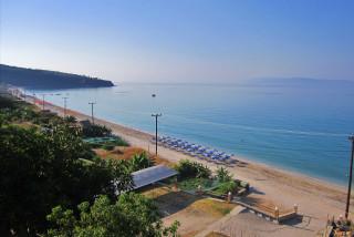 rosa beach studios in kefalonia